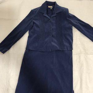 Womens Blue 2 pc Suit: Dress and Blazer. Size 10